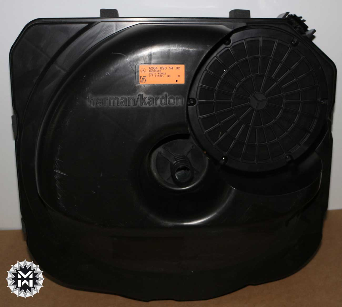 mercedes bassbox a2048205402 subwoofer lautsprecher glk. Black Bedroom Furniture Sets. Home Design Ideas