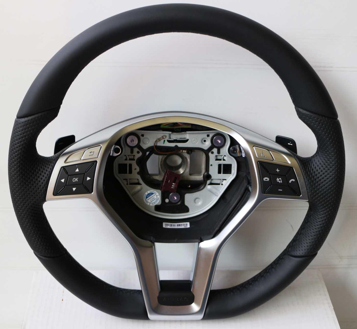 mercedes leder lenkrad amg styling a1724604203 c207 c218. Black Bedroom Furniture Sets. Home Design Ideas